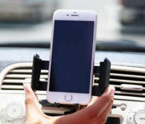 Mountek CD Slot car mount holder for smartphone